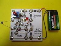 Dämmerungsschalter Schmitt-Trigger Bausatz mit LED 002