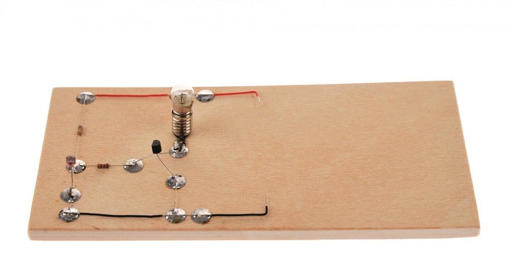 Elektronik Schaltung: Lichtschranke