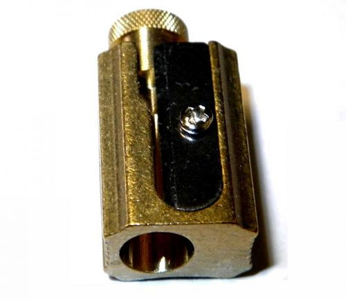 DUX Pencil and crayon Sharpener made of brass in a genuine leather case – image 6
