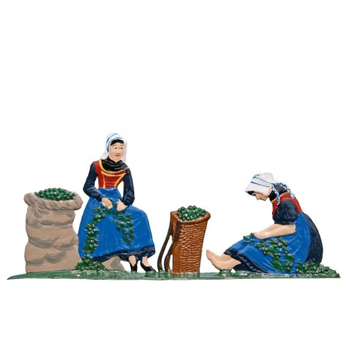 Women in hop harvesting, made of pewter - Wilhelm Schweizer -