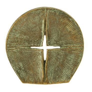 Stehkreuz Durchbrechendes Licht patiniert 8 cm Bronze