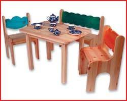 Kindertischgruppe 4-teilig, massive Kiefer