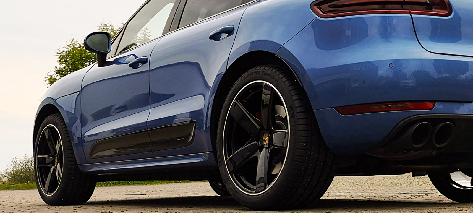 Macan - compact, with DNA sports car