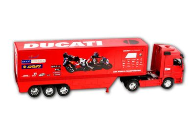 New Ray Ducati Corse LKW Mercedes Actros Modell 1:32