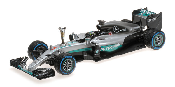 MERCEDES AMG PETRONAS F1 W07 HYBRID - ROSBERG - SINDELFINGEN DEMONTRATION RUN WORLD CHAMPION 2016 – Bild 2