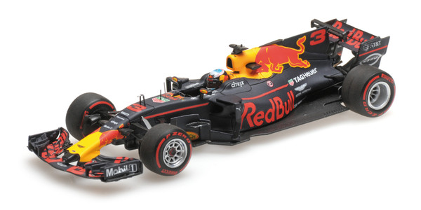 RED BULL RACING TAG-HEUER RB13 - DANIEL RICCIARDO - WINNER AZERBAIJAN GP 2017 – Bild 3