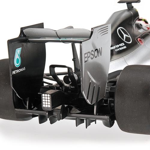 MERCEDES AMG PETRONAS F1 TEAM - F1 W06 HYBRID - LEWIS HAMILTON - WINNER JAPANESE GP 2015 L.E. 504 pcs. – Bild 4