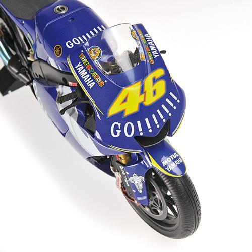 Set Bike + Figurine Rossi 2005 Yamaha YZR-M1 - 1:12 Valentino Rossi Moto GP Donnington 2005 L.E. 720 pcs. Minichamps 122053146 – image 11