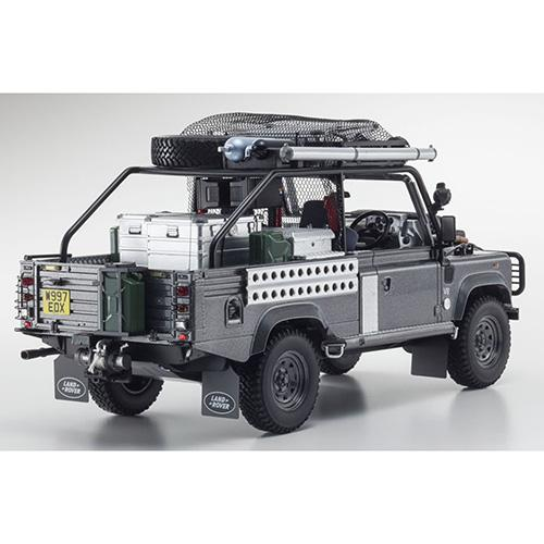 Land Rover Defender Tomb Raider Movie 1:18 Edition Lara Croft - corris grey - Kyosho 1:18 KYO8902TR (KSR08902TR) – image 4