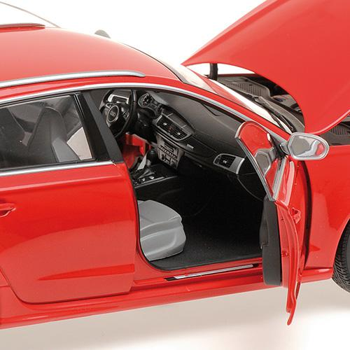 AUDI RS6 AVANT - 2013 - 1:18 red Minichamps 110012011 – image 4