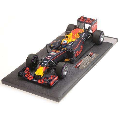 Red Bull Racing RB12 1:18 Ricciardo Monaco 2016 - Tag Heuer DANIEL RICCIARDO - 1ST POLE POSITION MONACO GP 2016 L.E. 244 pcs. Minichamps 117160103  – Bild 5
