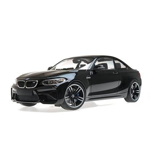 BMW M2 COUPÉ - 2016 - black metallic 1:18  L.E. 504 pcs. Minichamps 155026100 – image 3