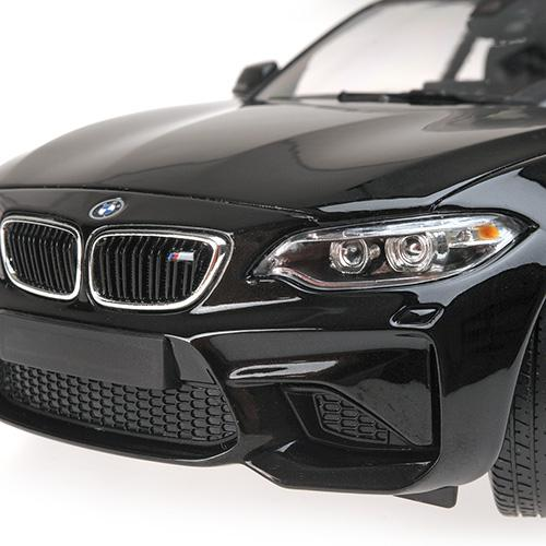 BMW M2 COUPÉ - 2016 - black metallic 1:18  L.E. 504 pcs. Minichamps 155026100 – image 2