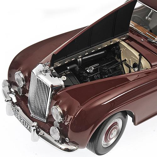 Bentley R Type Continental - 1954 - red - 1:18 - Minichamps 100139421 – image 5