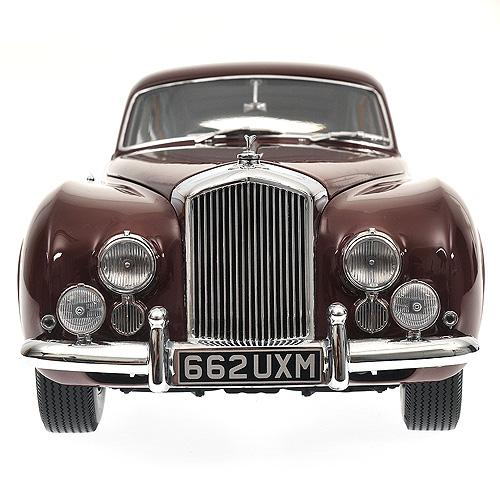 Bentley R Type Continental - 1954 - rot red - 1:18 - Minichamps 100139421 – Bild 4