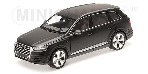 AUDI Q7 - 2015 - MATT BLACK (6 OPENINGS) 1:18 Minichamps 110014001 – Bild 3
