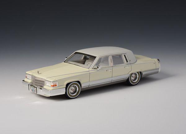 Cadillac Brougham 1991 White – Bild 1