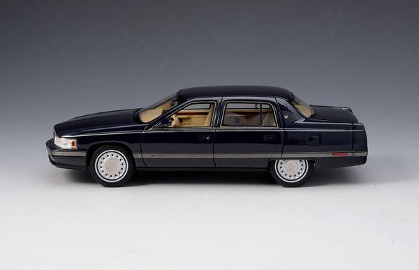 Cadillac Sedan DeVille 1994 blau – Bild 3