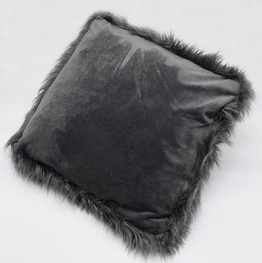 2er Pack Schafsfell Kissen Imitat anthrazit 40x40 cm Sofa Dekokissen Kunstfell – Bild 3