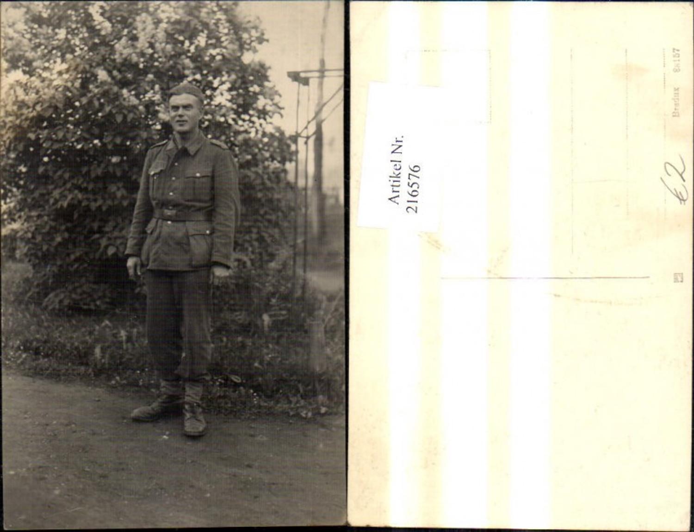216576,WW2 Foto Ak Wehrmacht Soldat Uniform günstig online kaufen