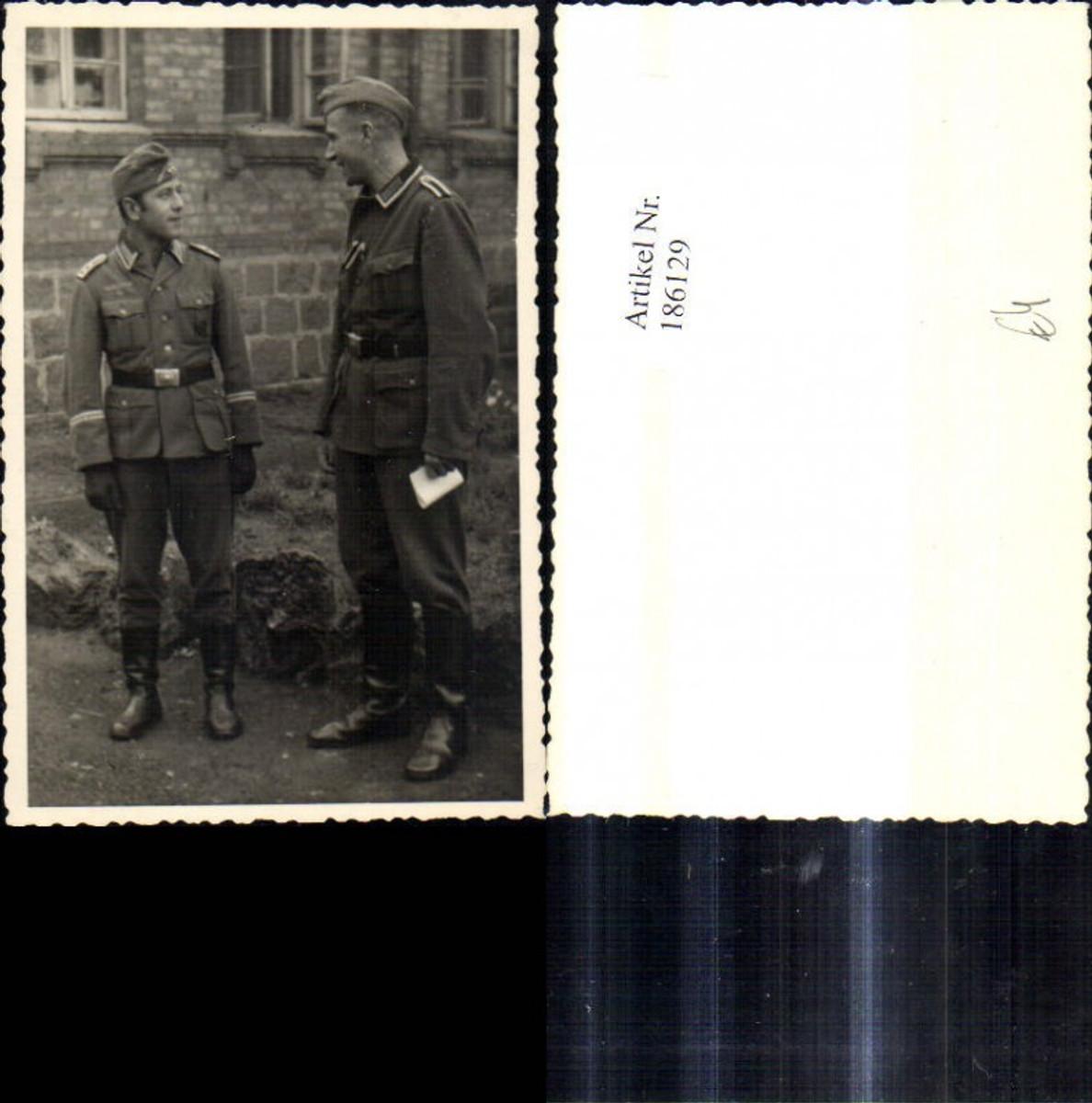 186129,Foto WW2 Soldaten Uniform Stiefel Gürtel Gürtelschnalle Wehrmacht günstig online kaufen
