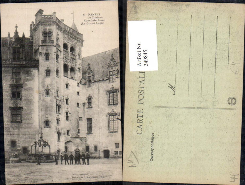 349845,Pays de la Loire Loire-Atlantique Nantes Le Chateau Cour interieure  günstig online kaufen
