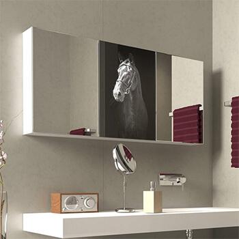 Spiegelschrank für Badezimmer mit Lasermotiv