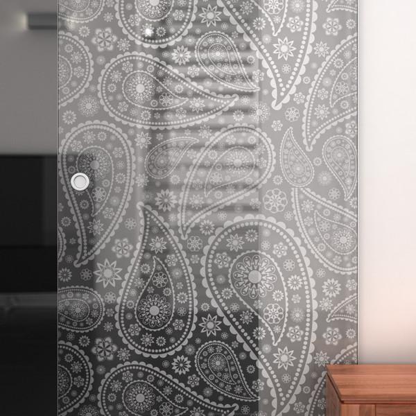 Produktbild 2 Glasschiebetür gelasert mit Motiv Paisley by Lionidas - Mit dem filigranen Paisleymuster wird die Glas-Schiebetür Paisley zu einem stilsicheren Dekoelement.