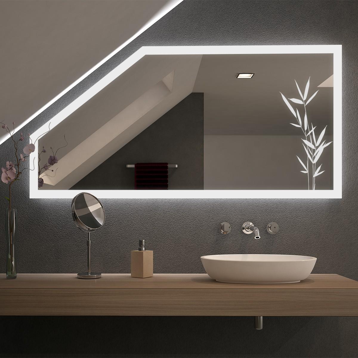 Spiegel für Dachschrägen mit LED Beleuchtung Planteo
