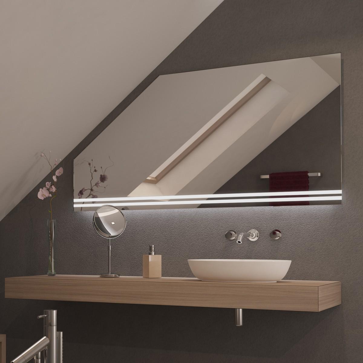 Spiegel für Dachschrägen mit LED Beleuchtung Onso