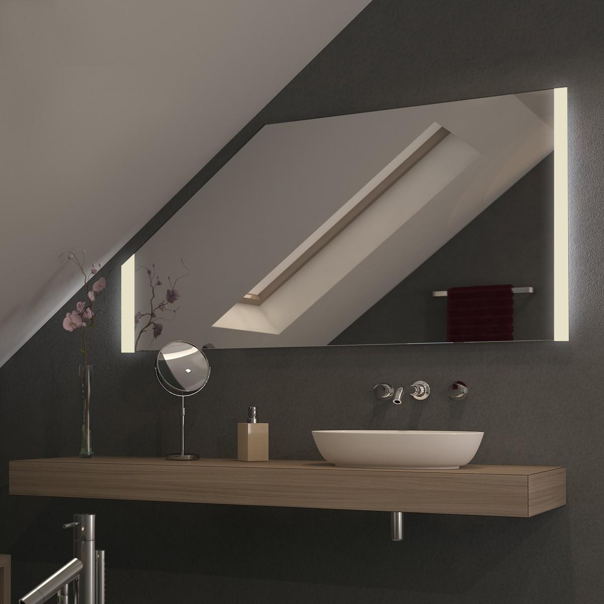 Spiegel für Dachschrägen mit LED Beleuchtung Sidus
