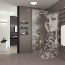 Walk In Dusche gelasert mit Motiv blonde Frau