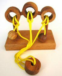 Sholomo - Schnurpuzzle - Denkspiel - Knobelspiel - Geduldspiel - Logikspiel aus Holz