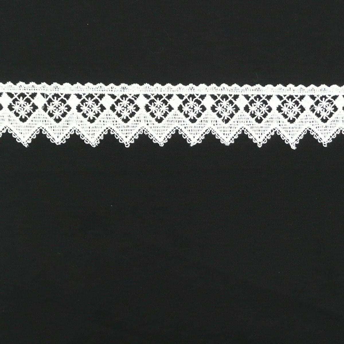 Borte Spitzenborte weiß Pik Blumen Meterware 4,5cm