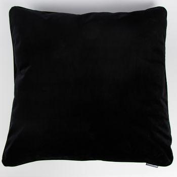 SCHÖNER LEBEN. Samtkissen mit Kederumrandung und Federfüllung schwarz 70x70cm – Bild 1