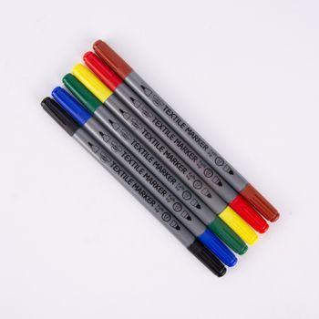 Textilmalstifte Set 6 Stück verschiedenfarbig – Bild 1