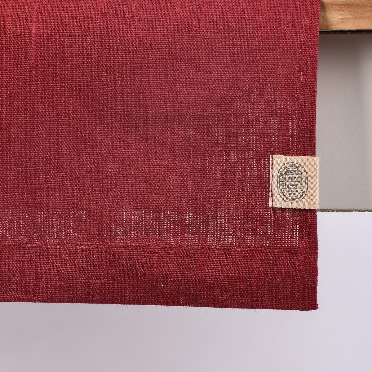 leinentischl ufer tischl ufer erik 1 lagig 47x150cm wine dunkelrot inspirationen stilwelten. Black Bedroom Furniture Sets. Home Design Ideas