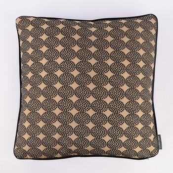 SCHÖNER LEBEN. Wendekissen mit Kederumrandung und Federfüllung Bälle goldfarbig schwarz Samt 50x50cm – Bild 1