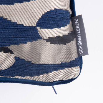 SCHÖNER LEBEN. Wendekissen mit Keder und Federfüllung Wellen Kreise blau 30x50cm – Bild 3