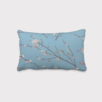 SCHÖNER LEBEN. Kissenhülle Kirschblüten blau braun weiß – Bild 1
