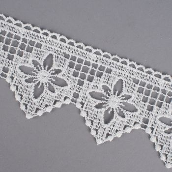 Borte Häkelborte Häkelspitze creme Blume 6cm  – Bild 2
