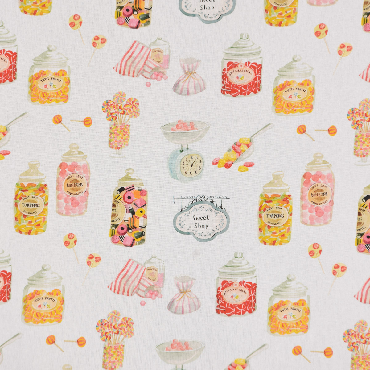 Clarke & Clarke STUDIO G Digitaldruck Süßigkeiten Bonbons Candyshop ecru multi 138cm Breite