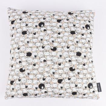 SCHÖNER LEBEN. Kissenhülle Schafe Schäfchen natur weiß schwarz 50x50cm – Bild 1