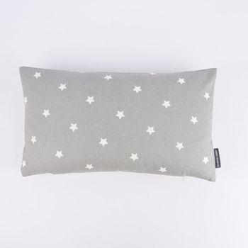 SCHÖNER LEBEN. Kissenhülle Twinkle Sterne grau weiß 30x50cm – Bild 2