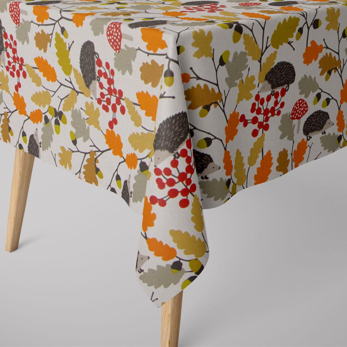 Tischläufer Autumn Zweige Eicheln Igel creme orange rot 40x160cm SCHÖNER LEBEN