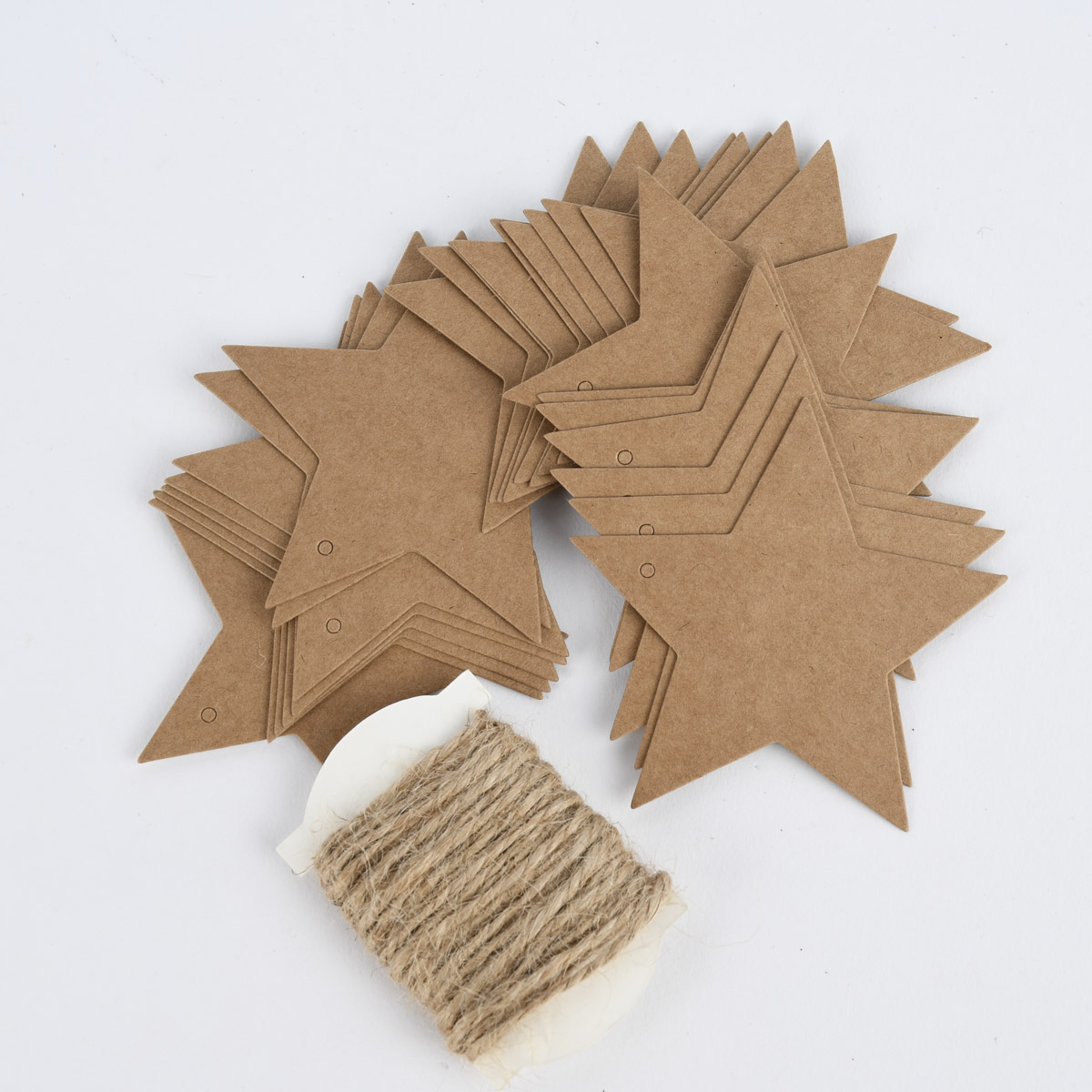 Rico Design Papieranhänger Sterne Kraftpapier 24 Stück 7x6,5cm