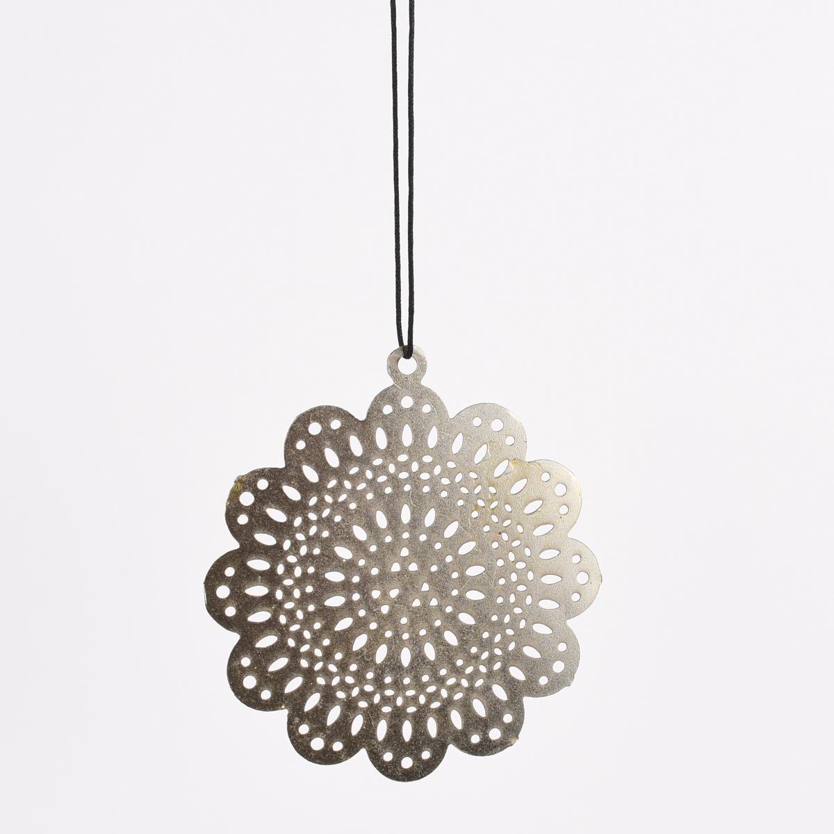 Deko Hänger Ornament Blume Metall Cut-Out silberfarbig 12cm