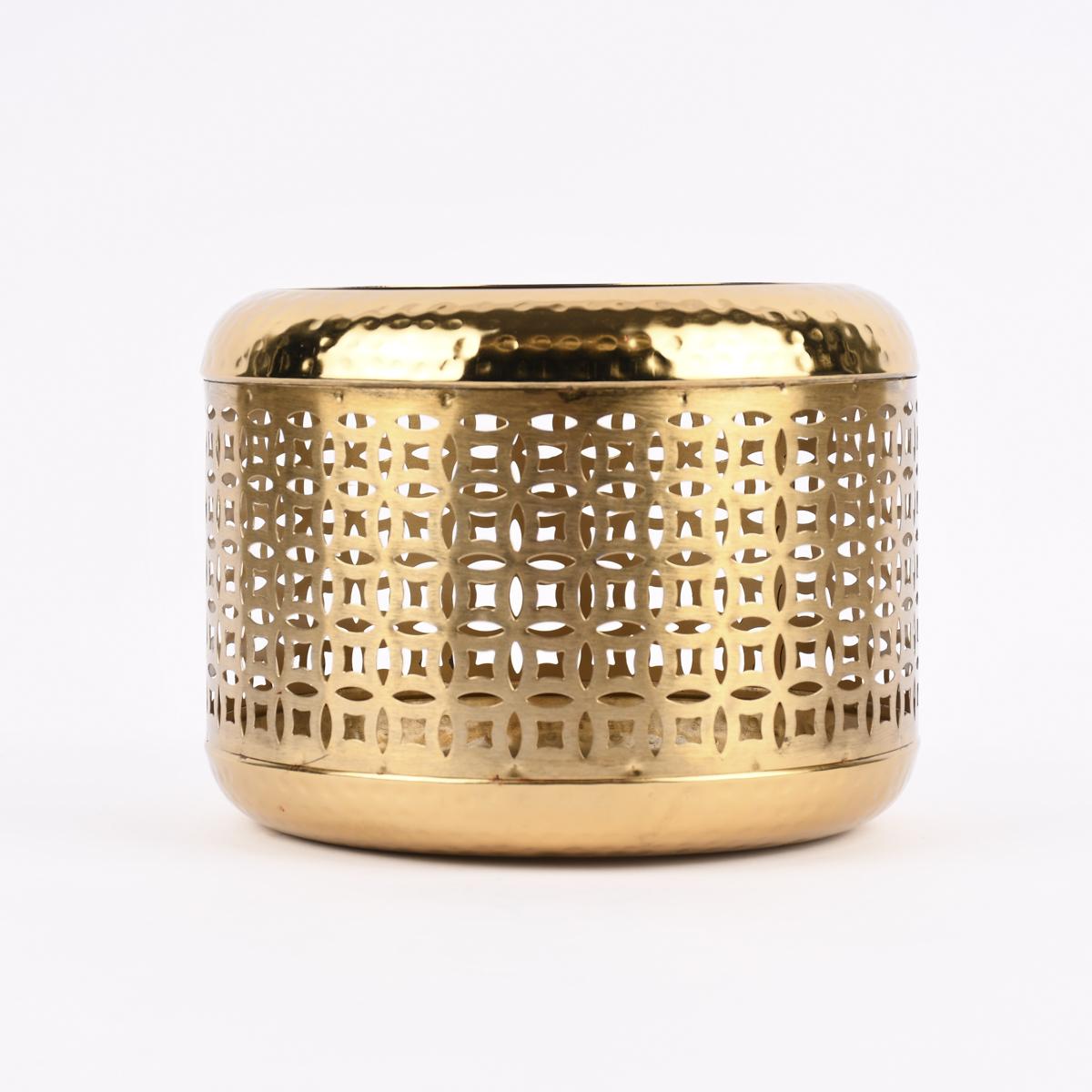 Laterne Ornamente Metall perforiert goldfarbig 24x19cm