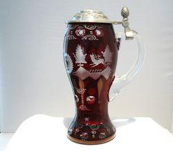 Bierkrug Bierseidel  Bierhumpen Kristall rot Gravur Jagd