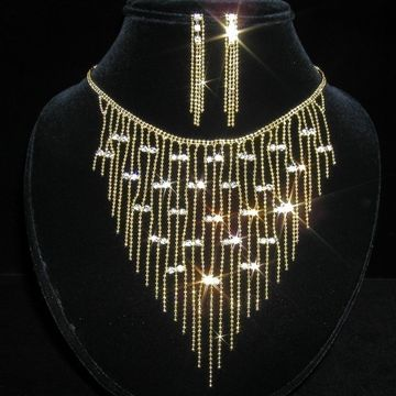 Goldenes Braut Collier